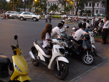 158. Dorobanti de Ho chi Minh.JPG
