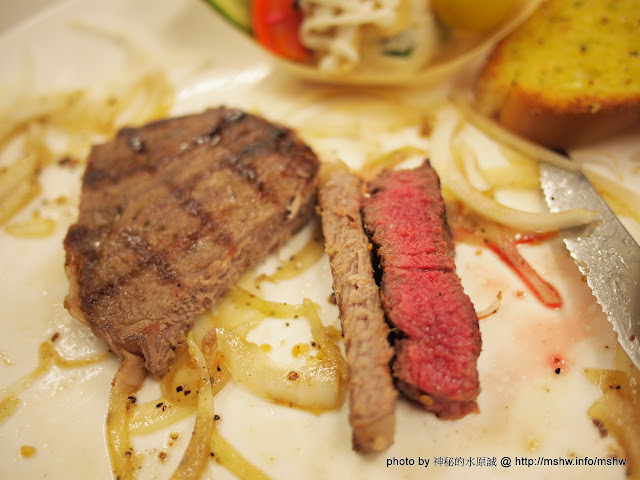 """就是要大口吃肉! ~ 台中西區""""武之牛炭燒牛排"""" 區域 台中市 排餐 燒烤/燒肉 牛肉麵 美式 西區 豬排 鐵板料理 飲食/食記/吃吃喝喝"""