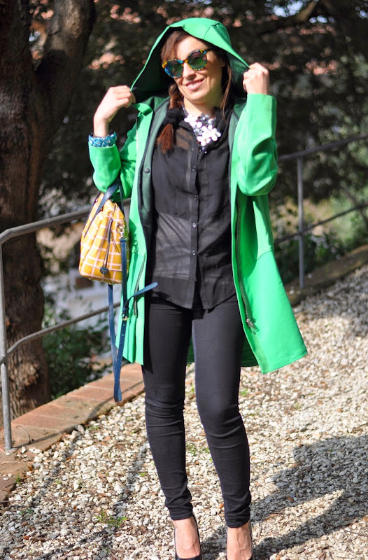 a-green-coat-outfit-fashion-blogger-iceberg-coat