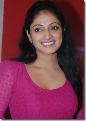 Actress Haripriya at Thulli Ezhunthathu Kadhal Team Interview Stills