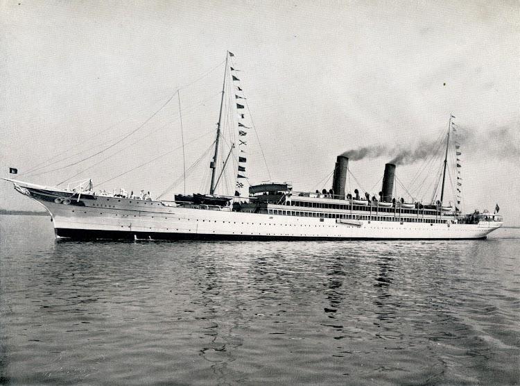 3-SS OCEANA. Foto del libro HAMBURG-AMERIKA LINIE. NORDLAND-FAHRTEN.jpg