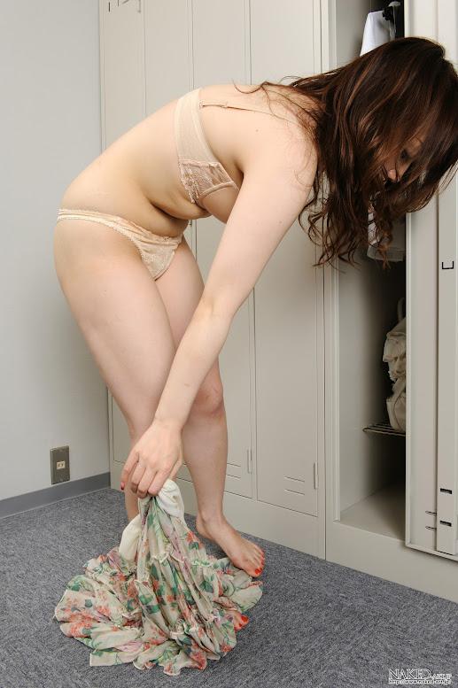 Naked-Art 665 Photo No.00698 有村晶子 OLロッカールーム 高画質フォト - Girlsdelta
