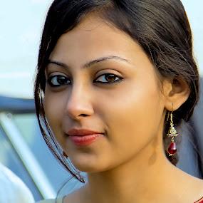 Pretty Woman by Rajkumar Bose - People Portraits of Women ( woman, kolkata, canon 5d mark iii, india, pretty,  )