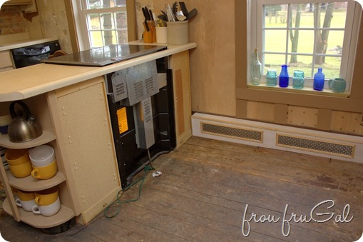 Kitchen Before - Stove Peninsula