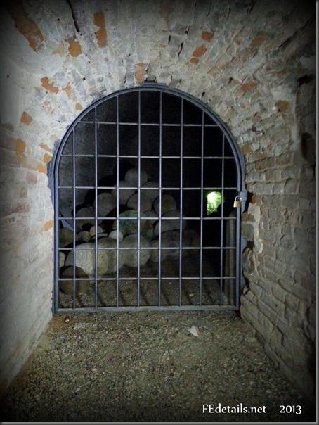 L'Imbarcadero del Castello Estense, Foto2, Ferrara, Emilia Romagna, Italia - The Imbarcadero of the Estense Castle, Photo2, Ferrara, Emilia Romagna, Italy - Property and Copyrights of FEdetails.net