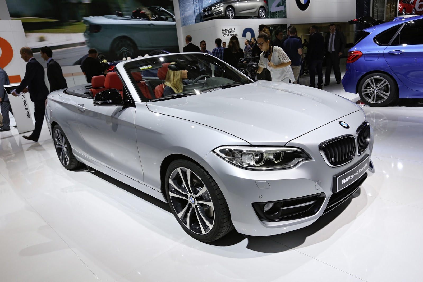 yeni bmw 2 serisi cabrio 39 nun lansman paris 39 te yap ld turkeycarblog. Black Bedroom Furniture Sets. Home Design Ideas