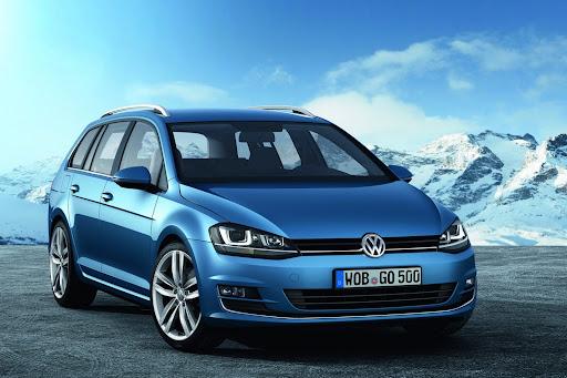 2014-VW-Golf-Variant-05.jpg