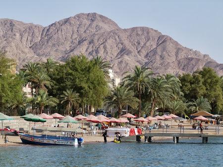 Obiective turistice Iordania: Plaja publica Aqaba