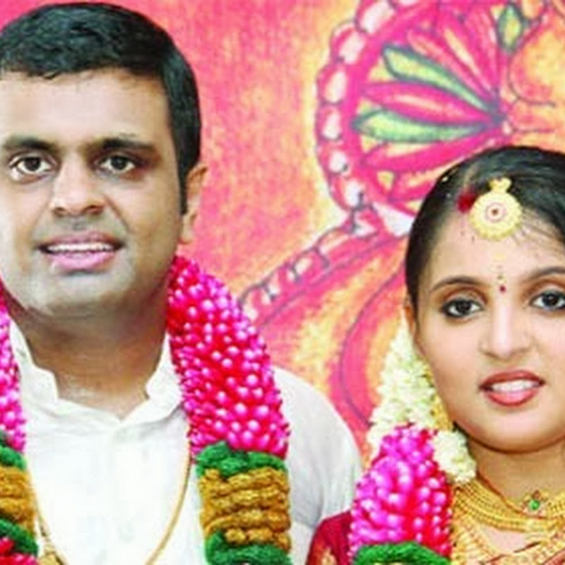 Thiruvanchoor Radhakrishnan's Son Arjun and Gopika Marriage
