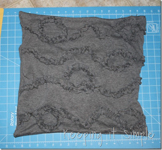 ruffled design pillow (4)
