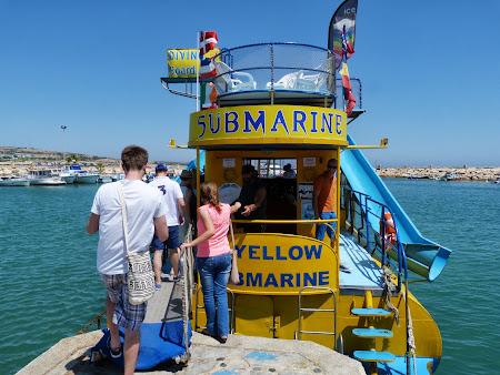 La mare in Cipru: Yellow Submarine Aya Napa