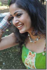 Madhavi_Latha_Exclusive_Photos