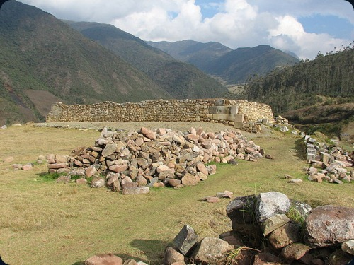 Machu_PicchuVitcos_Archaeological_site