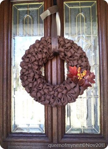 Burlap Front Door 1edit