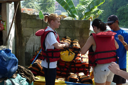 Echipare de rafting
