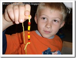 making a fusion bead necklace