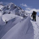 白馬主稜を思わせるキレイな雪稜が続く