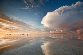 Salt-cones-and-cloud-reflections-at-sunset-on-the-Salar-de-Uyuni-Bolivia1