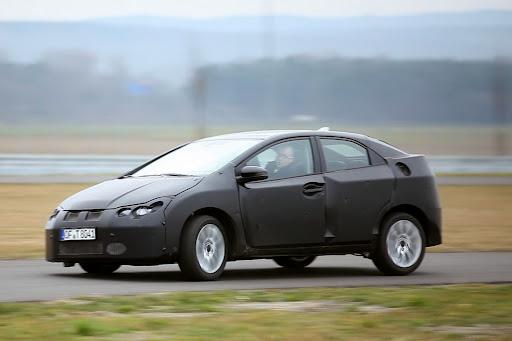 Honda-Civic-05.jpg