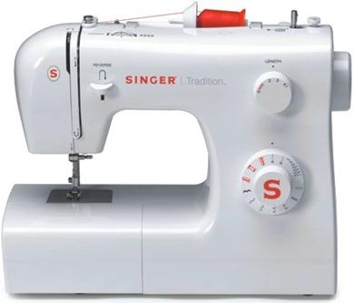 Minha primeira máquina de costura!
