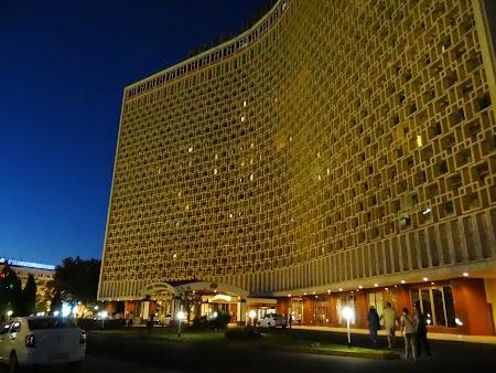 07. Hotel Uzbekistan - Taskent.JPG