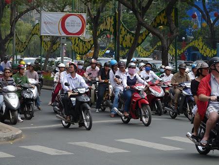 6. motociclete Vietnam.JPG