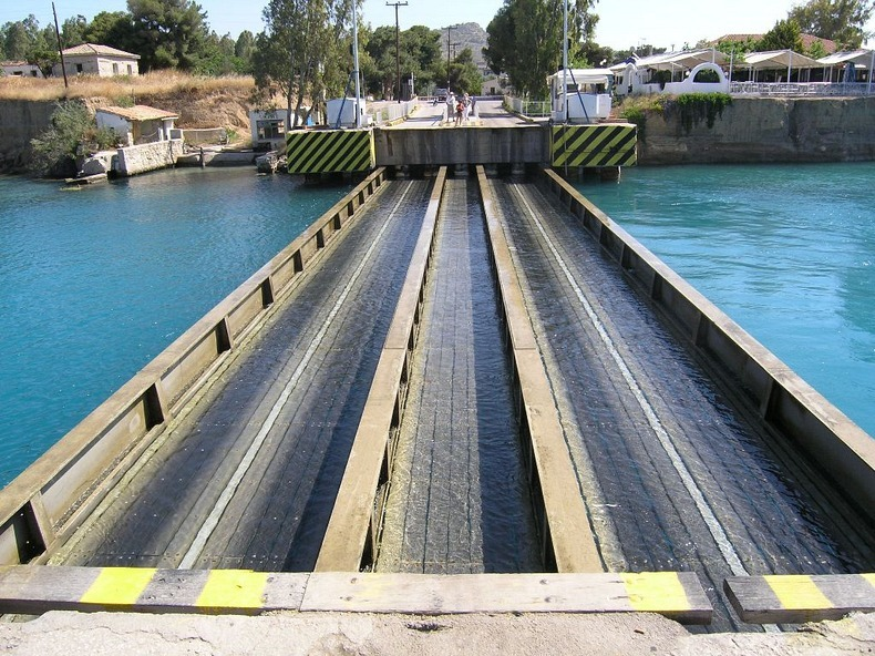 corinth-canal-submersible bridge-4
