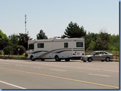 5941 Hwy 7 Havelock - motorhome and car parked by train tracks