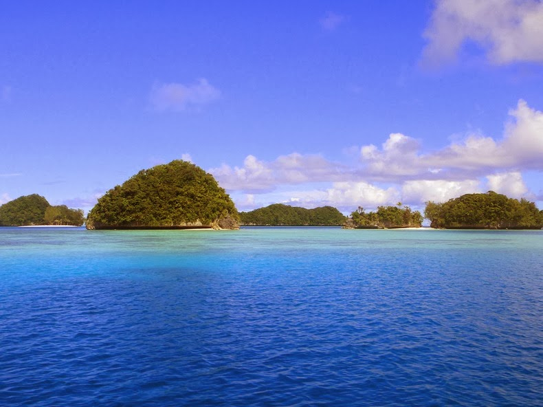 rock-islands-palau-1