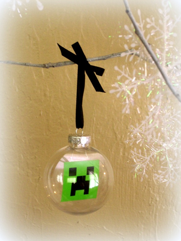 mindcraft ornament