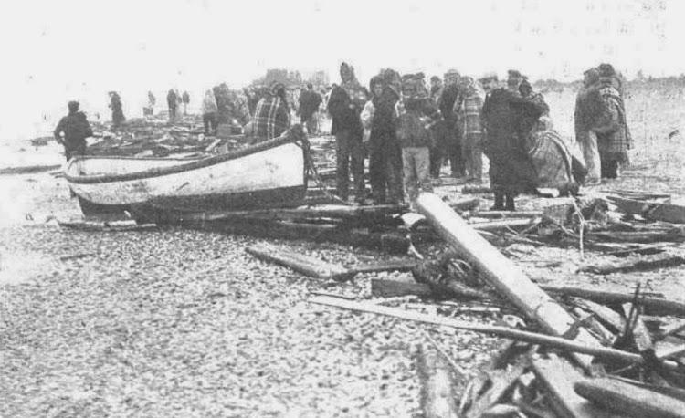 Los restos del naufragio. Foto de La Ilustració Catalana. Edición de 22 de marzo de 1908.jpg