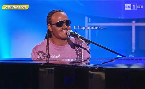 Valerio Scanu interpreta Stevie Wonder a Tale e quale show