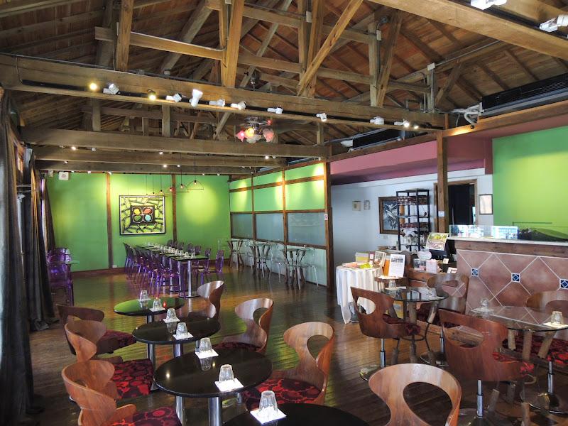 跳舞咖啡廳內部全景.JPG
