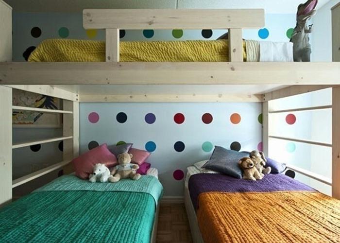 Bolinhas coloridas para quarto de criança
