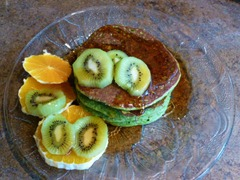 March 17 green pancakes 004