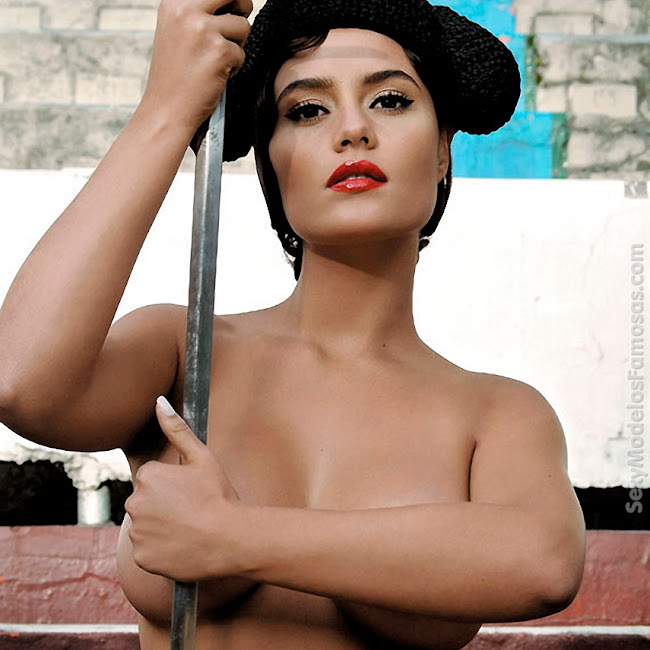 Ana Lucia Dominguez Desnuda SoHo Foto 7