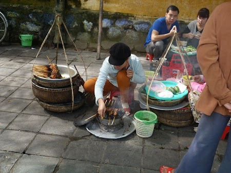 Mancare pe strada Vietnam