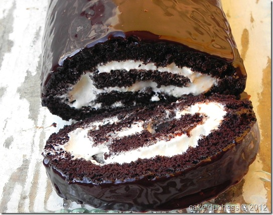 chocolate-swiss-roll-3