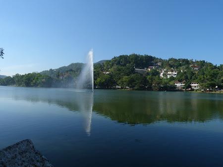 Imagini Sri Lanka: lac Kandy