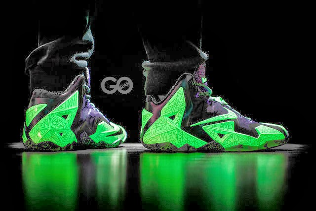 ... This is How 8220Gator King8221 Nike LeBron 11 Glows Under Black Light 49669f73c8db
