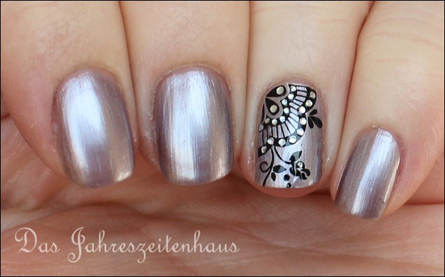 Sally Hansen Pedal to the Metal mit Nail Art 5