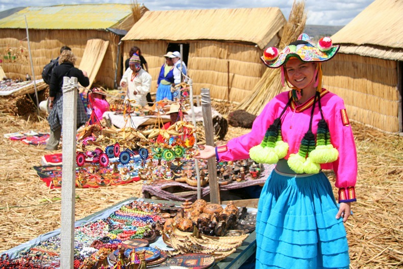 uros-floating-island-10