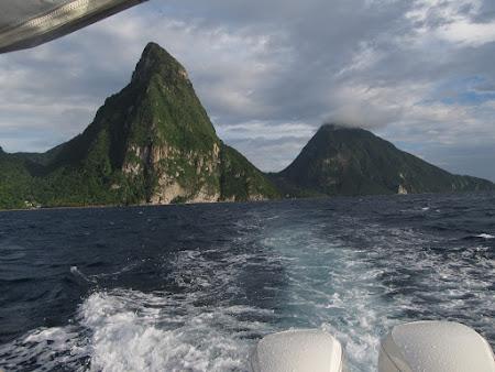 Doi munti - pitonii din St. Lucia Caraibe