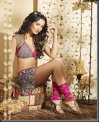 amy jackson new very hot still