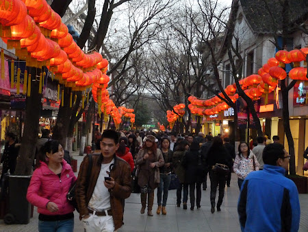 3. Strada comerciala Nanjing.JPG