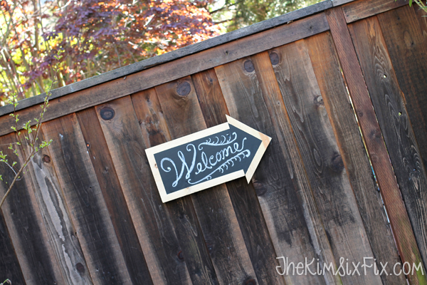 Chalkboard sign arrow