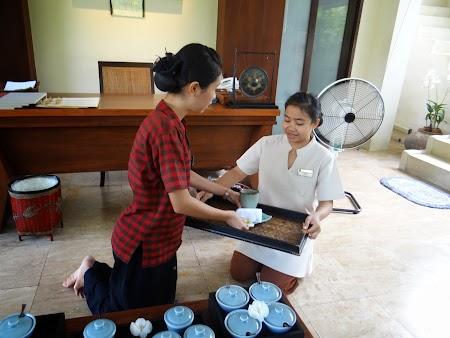 11. servirea ceaiului.JPG
