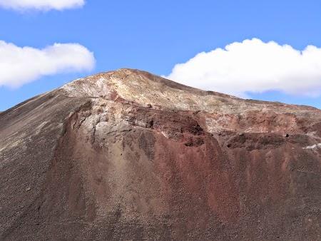 19. Crater Cerro Negro.JPG