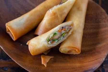 vegetable-egg-rolls-recipe-1165-640x426.jpg