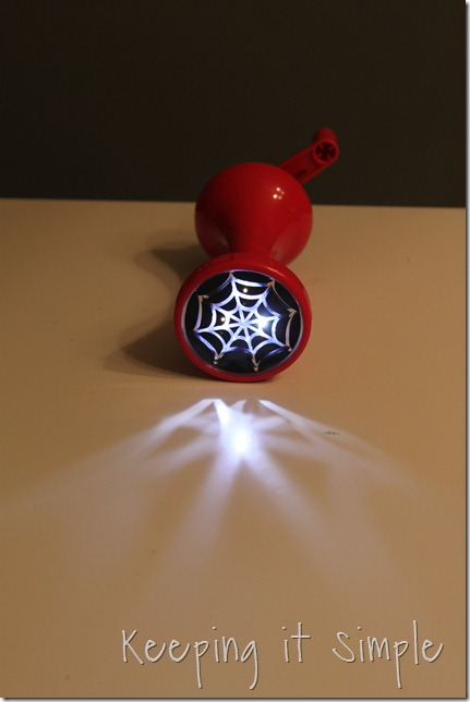 Halloween flashlight (5)